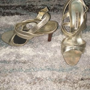 Manolo Blahnik Gold leather strappy sandals shoes